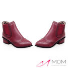 *MOM* 英倫風復古雕花小尖頭套筒小短靴 踝靴 紅 35-39碼【現+預】