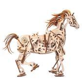 新品預購 Ugears 自我推進模型 - 機械赤兔馬 Horse-Mechanoid  來自烏克蘭.橡皮筋動力.機械驚奇 !