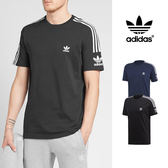 【GT】Adidas Originals 黑藍 短袖T恤 寬鬆 純棉 運動 休閒 上衣 短T 愛迪達 三葉草 三條線 Logo