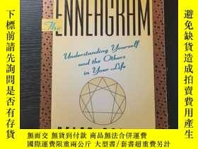 二手書博民逛書店The罕見Enneagram:Understanding Yourself and the Others In Y