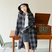 風衣外套-長款格子寬鬆BF風百搭女襯衫2色73ue21【巴黎精品】