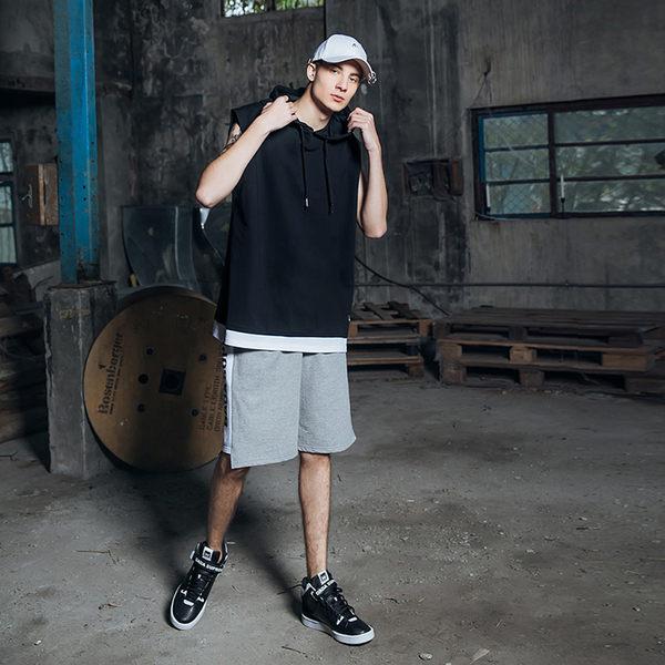 DADA SUPREME 街頭層次感連帽背心-男-黑
