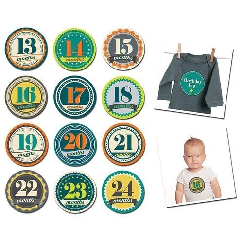 美國Sticky Bellies 寶寶月份貼紙13-24M(徽章男孩)[衛立兒生活館]