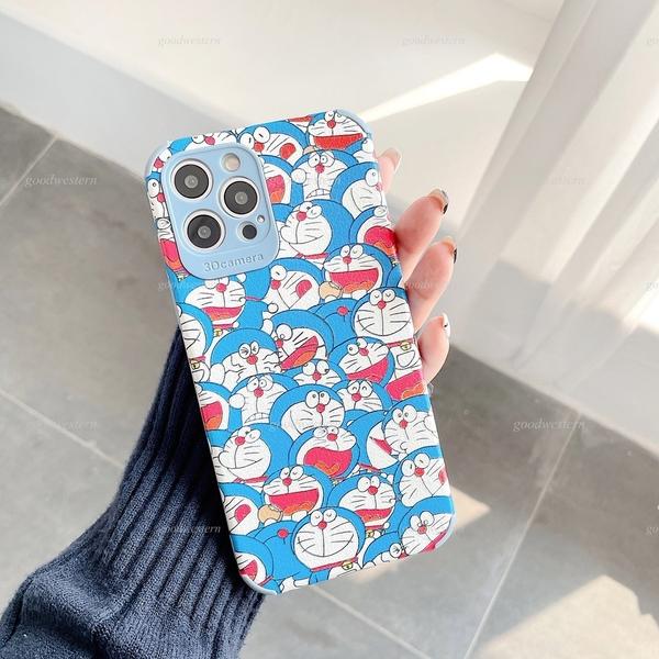 開心叮噹貓 iPhone SE2 XS Max XR i7 i8 plus 浮雕手機殼 多啦A夢 保護鏡頭 全包蠶絲 四角加厚 防摔軟殼