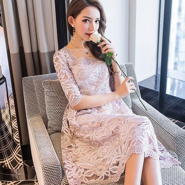 美之札[19821-QF]花瓣方領雙色柔美蕾絲波浪氣質洋裝~
