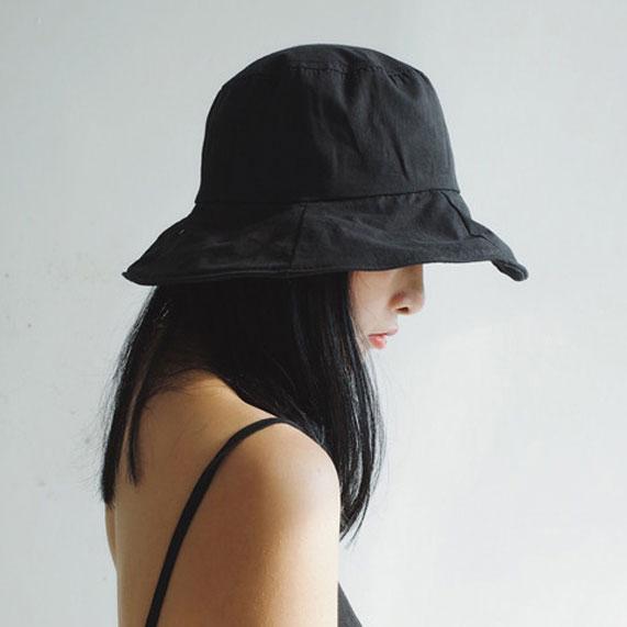 OT SHOP帽子 素面春夏棉質透氣漁夫帽 遮陽帽 帽檐可調鐵絲 顯小臉遮陽黑色 卡其色 現貨 C2141