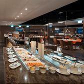 新板希爾頓酒店3F全日餐廳平日自助吃到飽午餐券(平日晚餐及假日午餐+200.假日晚餐+300)