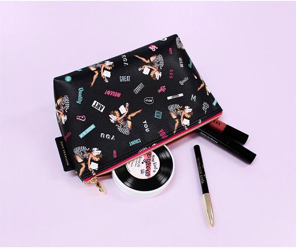 韓國 MARIANNE KATE  Lucky Dog Stand Pouch 化妝包/收納袋(大)【花想容】