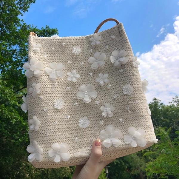 2021春夏小清新仙女編織女包大容量百搭水桶沙灘包小花刺繡蕾絲包