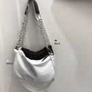 包包2020新款潮網紅單肩包斜跨女包夏季小包韓版鏈條包白色腋下包 沸點奇跡