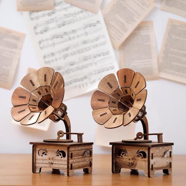 復古木質留聲機音樂盒八音盒創意擺件diy送女生生日兒童節日禮物 沸點奇跡