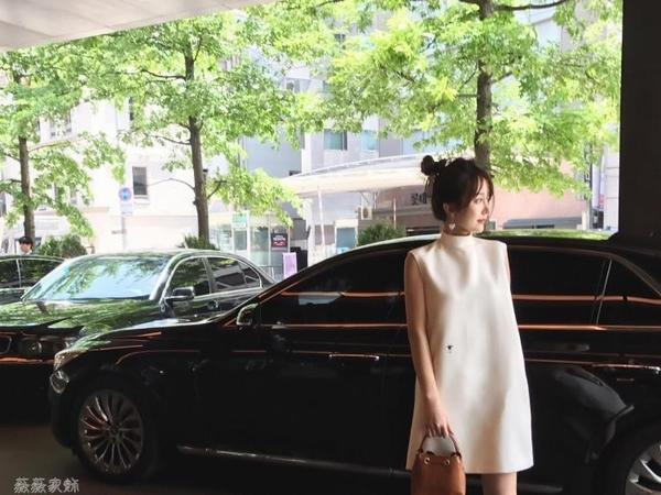 無袖洋裝 韓版新款氣質OL夏季女裝半高領連身裙無袖夜店性感氣質白裙子 薇薇