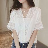 (全館一件免運)DE SHOP~(XA-6054)韓版V領寬鬆顯瘦鏤空透視刺繡蕾絲襯衫