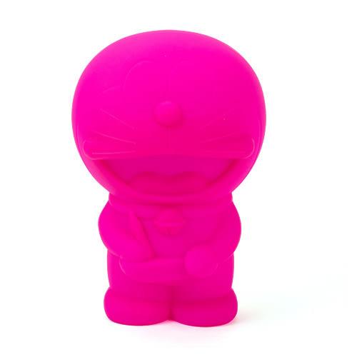 《CHARA PORT》Penke-Penke 哆啦A夢造型炫彩矽膠筆袋(俏桃紅)★funbox生活用品★ CP99044