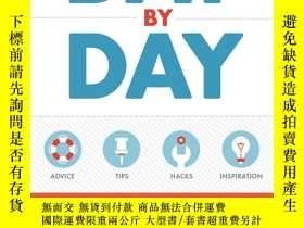 二手書博民逛書店The罕見Whole30 Day by Day: Your Da
