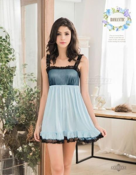 969情趣~  大尺碼Annabery柔緞藍黑蕾絲滾邊平口洋裝式睡衣