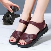 媽媽涼鞋夏季2020新款平跟軟底中年舒適平底老人中老年人女鞋防滑新品上新