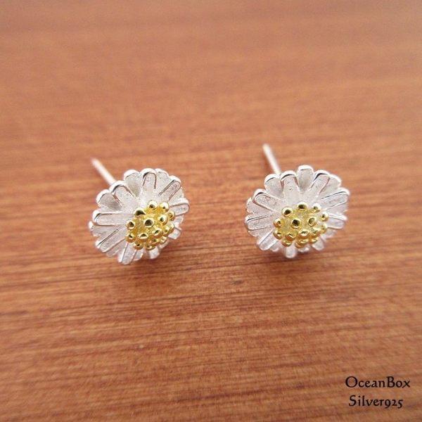 ☆§海洋盒子§☆甜美立體雙色雛菊純銀耳環《925純銀》貼耳針式