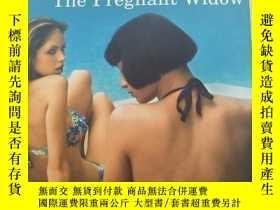 二手書博民逛書店The罕見Pregnant Widow 【英文原版, 佳】Y11