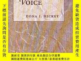 二手書博民逛書店Developing罕見A Written VoiceY256260 Dona J. Hickey Mayfi