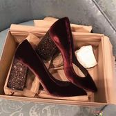 高跟貓跟鞋秋冬新款百搭絲絨黑色尖頭高跟鞋粗跟淺口女單鞋新娘紅色婚鞋【購物節限時優惠】