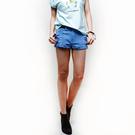 陶嫚曼推薦-SISJEANS-隨性刷破色染牛仔短褲(寶石藍)【SISWCB003】