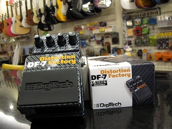 ☆ 唐尼樂器︵☆美國製 Digitech DF7/ DF-7 七段經典 Distortion 電吉他破音效果器(一顆抵七顆)