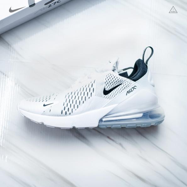 ISNEAKERS NIKE W AIR MAX 270 女 白黑 網布 透氣 緩震 氣墊慢跑鞋 AH6789-100