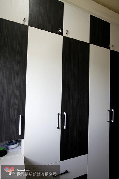 【歐雅系統家具】書桌櫃 衣櫥櫃