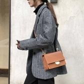 包包女秋冬新款時尚小方包寬肩帶復古韓版百搭側背斜背包 伊蘿鞋包