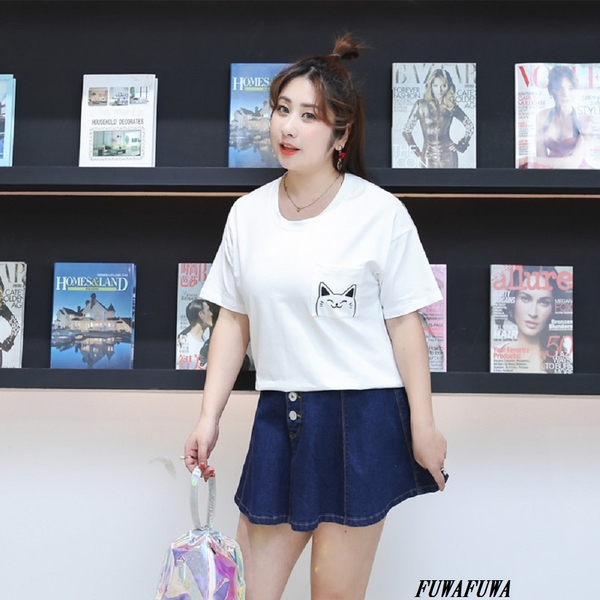 (現貨+預購 FUWAFUWA)-加大尺碼貓咪印花短袖T恤