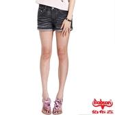 BOBSON 女款刺繡翅膀牛仔短褲(171-87)