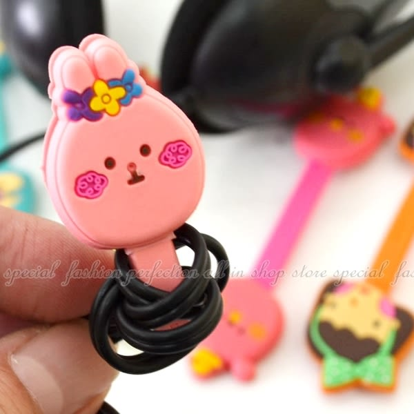 【DF255】扣式耳機繞線器 理線器 鈕扣集線器★EZGO商城★