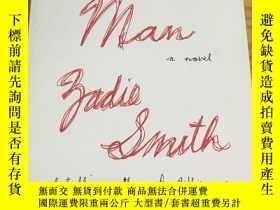 二手書博民逛書店The罕見Autograph ManY17998 Zadie S