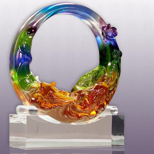 水晶琉璃~圓滿_含水晶座 可當擺飾、可當獎牌  ◆附古法制作珍藏保證卡◆免運費送到家