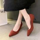 豆豆鞋 法式復古女士小高跟鞋2021春季紅色婚鞋絨面尖頭淺口套腳細跟單鞋 16育心