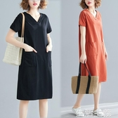 大碼洋裝 大碼女裝夏季寬鬆正韓中長款T恤裙子 純色V領顯瘦短袖洋裝潮 生活主義