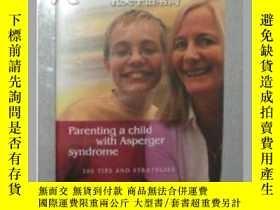 二手書博民逛書店【英文原版書】罕見Parenting a Child [ Bre