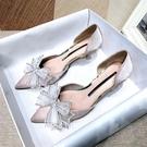 低跟鞋 貓跟鞋女中空蝴蝶結包頭涼鞋綢緞法式小跟鞋尖頭細跟中跟水鉆單鞋