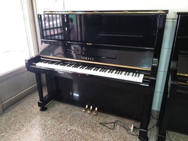 高雄~Yamaha U3  二手鋼琴 家用琴 台灣組裝 狀況佳 可分期