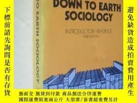 二手書博民逛書店Down罕見to Earth Sociology by JAMES M.HenslinY7215 JAMES