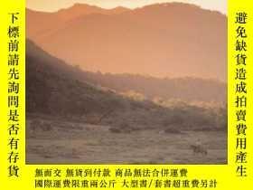 二手書博民逛書店Far罕見Away And Long AgoY256260 Hudson, W. H. Dufour Edit