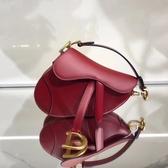 ■專櫃77折■ Dior 迪奧 全新真品  迷你款 光滑櫻桃紅霧面小牛皮馬鞍包
