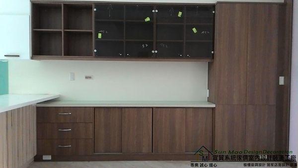 系統家具/系統櫃/木工裝潢/平釘天花板/造型天花板/工廠直營/系統家具價格/系統收納櫃-sm0571