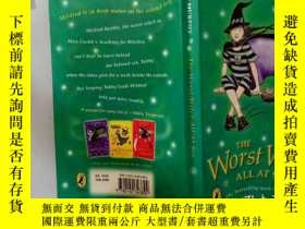 二手書博民逛書店The罕見Worst Witch All At Sea:非常壞的女巫在海..Y200392