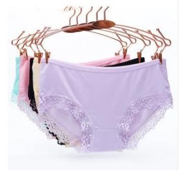 預購-蕾絲花邊三角女士純色內褲