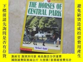 二手書博民逛書店THE罕見HORSES OF CENTRAL PARKY1791