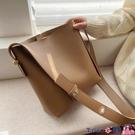 熱賣側背包 包包女2021新款潮韓版百搭側背時尚休閒水桶包【618 狂歡】