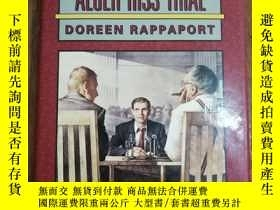 二手書博民逛書店The罕見Alger Hiss Trial (Be the Ju