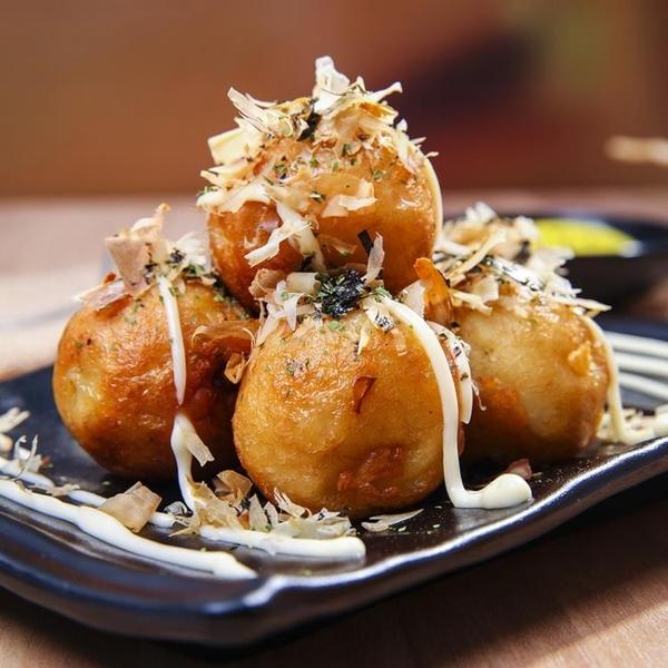煎鍋章魚小丸子機家用章魚燒烤盤模具章魚櫻桃小丸子鍋材料工具套餐 阿卡娜
